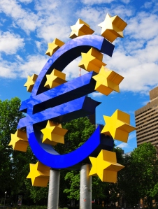 Euro Sign 4737133918_4642d16113_o (2)